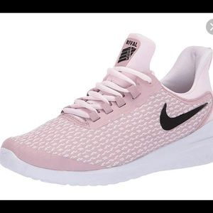 NEW Nike Renew Rival Women's Shoes
